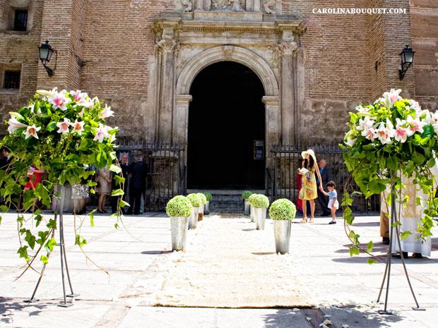 Decoraci n de iglesias para bodas en granada decorar iglesia for Decoracion jardin granada