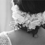diadema blanca para novia