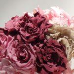 ramo de flores liofilizadas tonos rosas