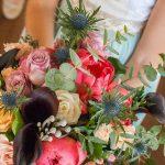 ramo de novia natural rosas, orquideas, verdes
