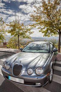 jaguar para servicio de chofer de bodas en Granada