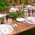 decoración de mesa con estilo boho chic flores