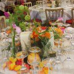 centro de mesa abudante y con muchos colores