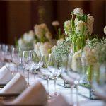 centros de mesa flores y plantas para banquetes de bodas