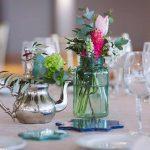 flores con decoración estilo nazarí para centros de mesa
