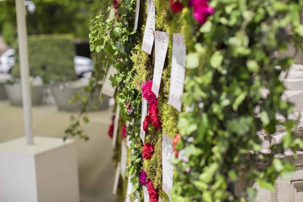 seating plan con flores verticales